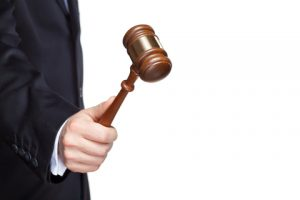 עורך דין מומחה לפשיטת רגל בית משפט